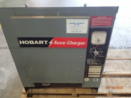 Photo de Chargeur de batterie Hobart 45