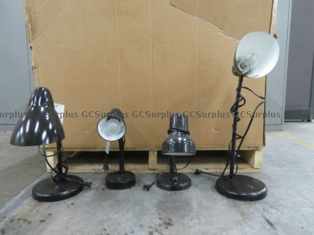 Picture of Lot of 45 Table Lamps