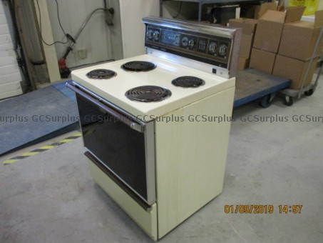Picture of Hotpoint Kitchen Stove