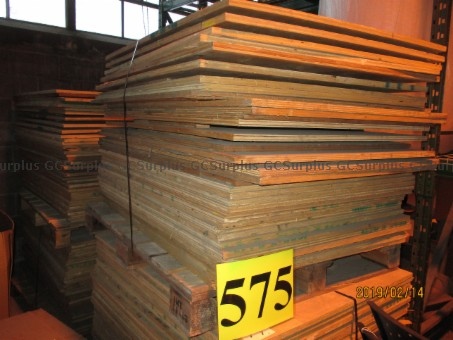 Photo de Lot of Plywood Sheets
