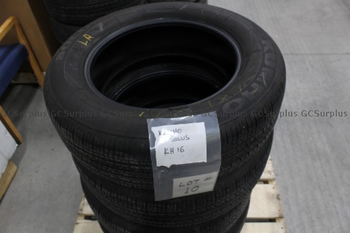 Picture of Used Kumho Solus KH16 Tires