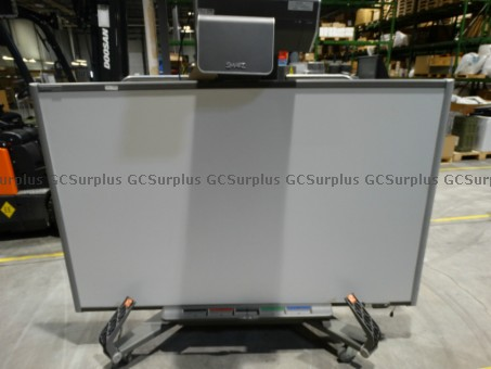 Picture of Smartboard UX60 With Projector
