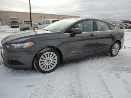 Picture of 2016 Ford Fusion Hybrid