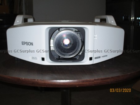 Picture of Epson Power Lite Pro Z8050W Pr