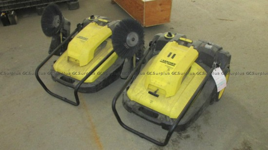 Picture of Karcher KM 70/30C Floor Sweepe