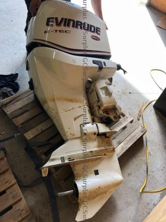 Picture of 250 HP Evinrude Outboard Motor