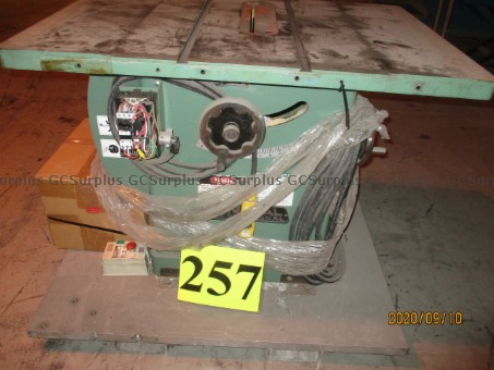 Picture of Saw Bench
