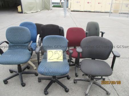 Picture of Lot of 10 Chairs