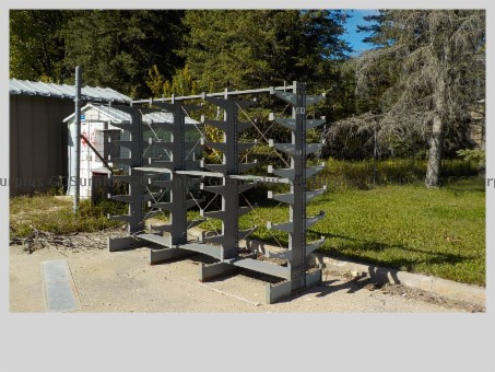 Picture of Metal Rack