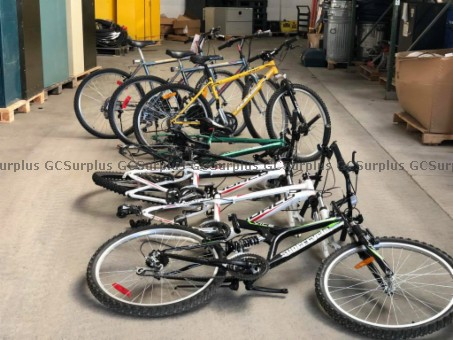 Picture of Lot of 8 Bikes