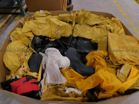 Picture of Scrap Textiles and Rubber