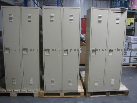 Picture of Lot of 8 Lockers
