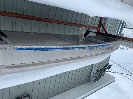 Picture of 17' Aluminum Canoe