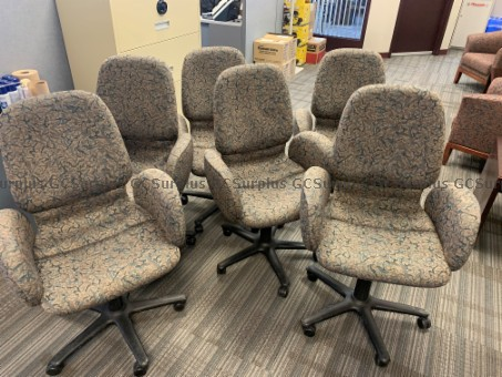 Picture of 6 Office Chairs