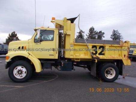 Picture of 2002 Sterling L7501 Dump Truck