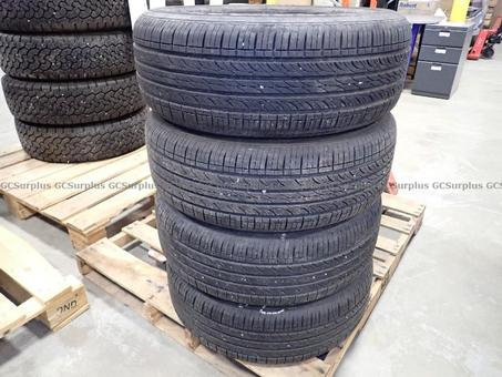 Picture of Hankoo Optimo Tires P215/60R16