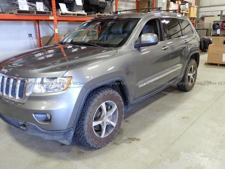 Picture of 2012 Jeep Grand Cherokee